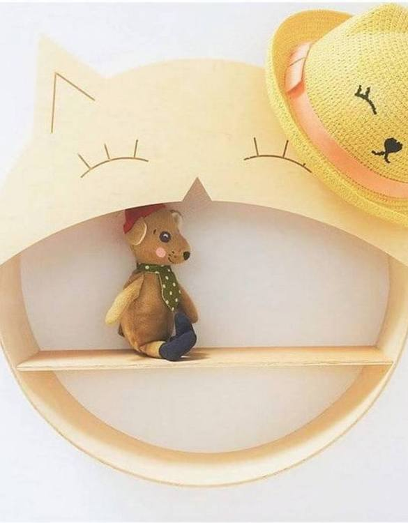 The perfect way to display your treasures, the Cat Children's Wall Shelf is a beautiful addition to any child's bedroom or playroom! Put decorations, stuffed animals or smaller toys on the shelf and get a unique element of a children's room.