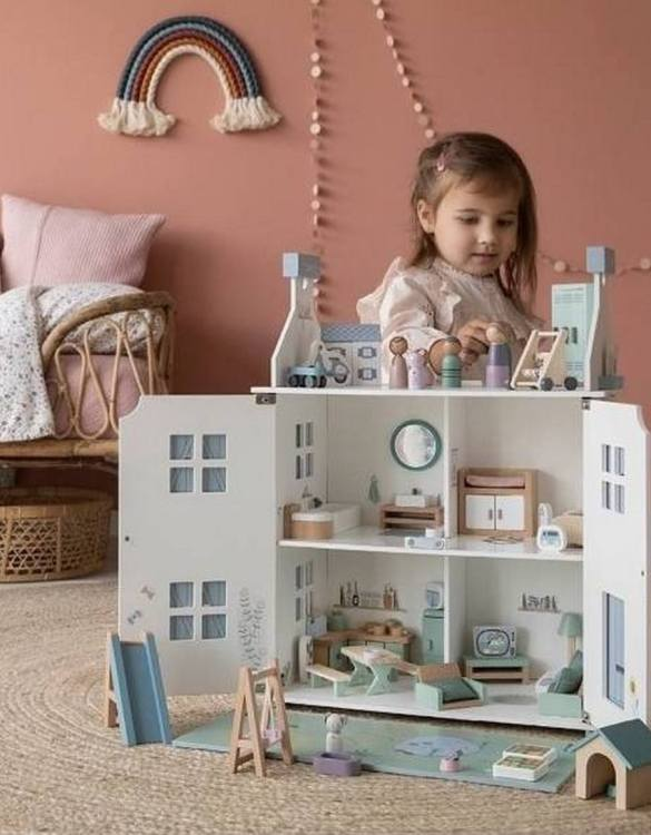 Perfect for imaginative play. the Classic Wooden Dolls House comes with a beautiful set of furniture and accessories making playtime even more fun. A beautiful and design scandi dolls house in a wooden design will delight the heart of every little girl.