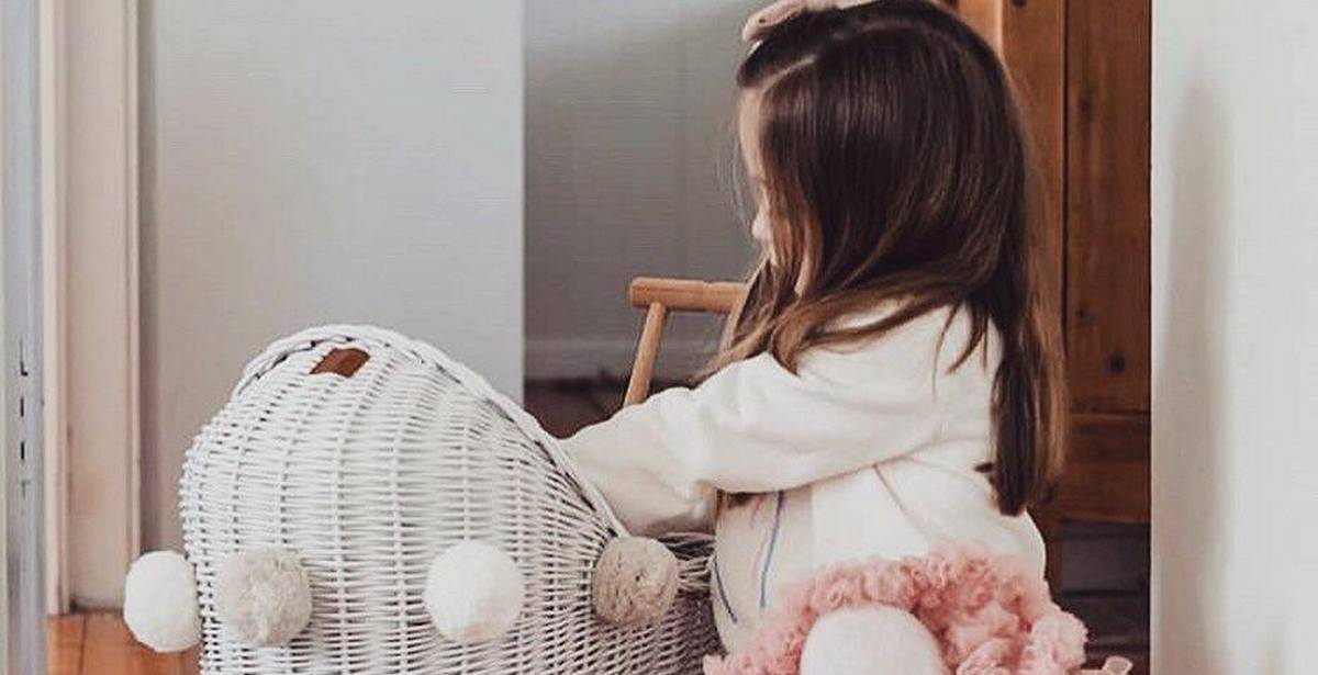 Although that's true for adults, age is very important for children in more ways than one. That's why most collection of dolls prams are for children aged 18 months up to 13 years.