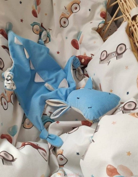 A cuddly toy designed mainly for babies, the Blue Dragon World Map Doudou Baby Comforter is soft, cuddly, breathable, and perfect for little hands to hold. It is perfect to snuggle with in their stroller or crib, and as the little ones grow up, it will continue to be by their side.