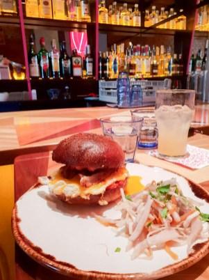4pokoje brno food burger