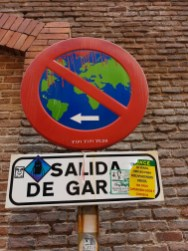 Madrid Street Art sign 6