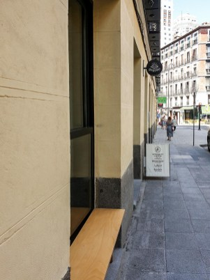 Mision - best coffee in Madrid list - entrance
