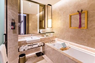SofitelSingaporeCity-2-bathroom