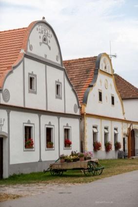 holasovice buildings