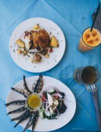kamari-beach-santorini-food