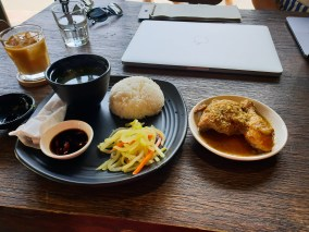 phin and bean HCMC set lunch