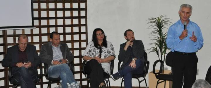 Prefeitos participam do Fórum Regional de Vereadores
