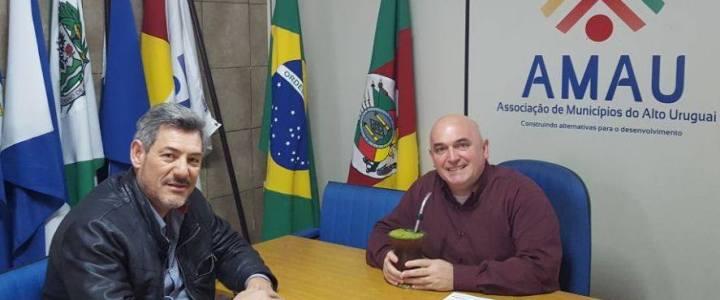 Presidente da AMAU recebe coordenador da Agricultura