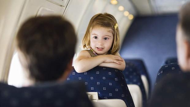terbang bersama anak
