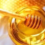 Gula dengan madu, mana lebih sehat?