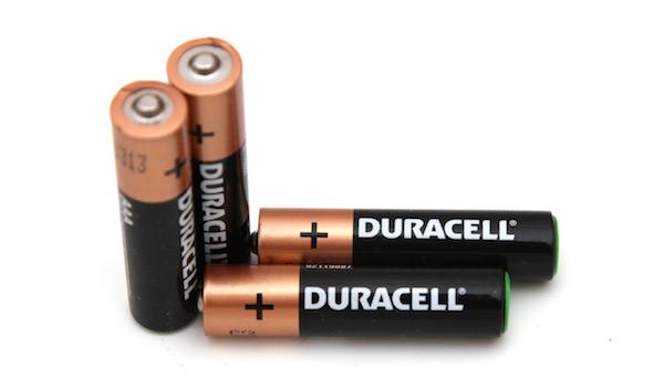 baterai alkalin