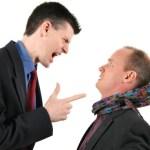6 Perbedaan antara Perilaku Asertif dengan Agresif