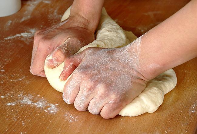 Adonan Roti