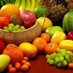 Pilih Mana, Mengkonsumsi Buah Sebelum atau Sesudah Makan?