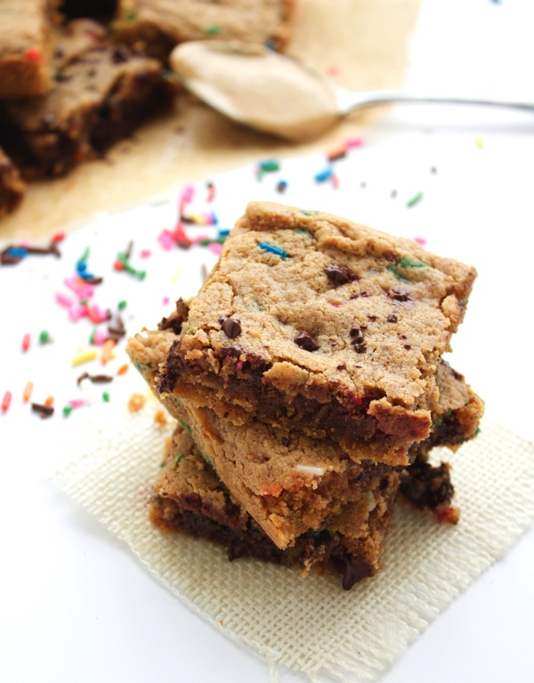 HEALTHY BIRTHDAY CAKE BROWNIES