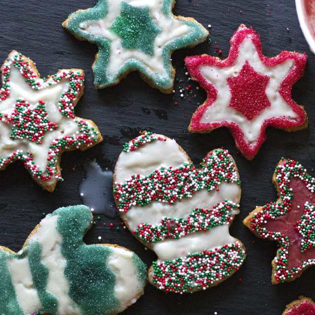 CHAI SPICED SUGAR COOKIES
