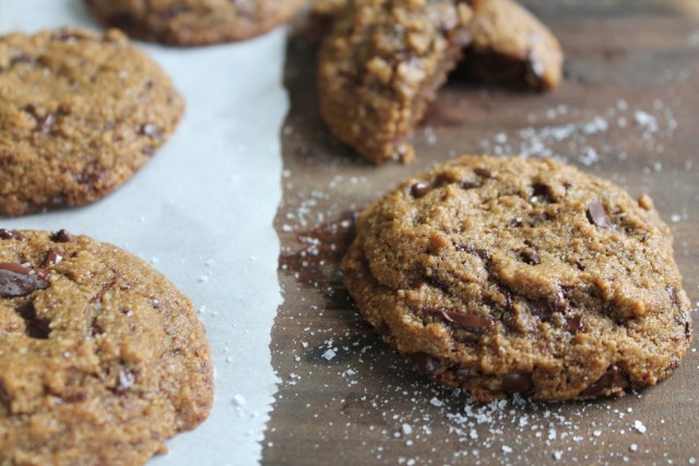 PALEO SALTED PEANUT BUTTER CHOCOLATE CHIP COOKIES