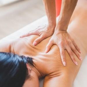 Класичний масаж тіла