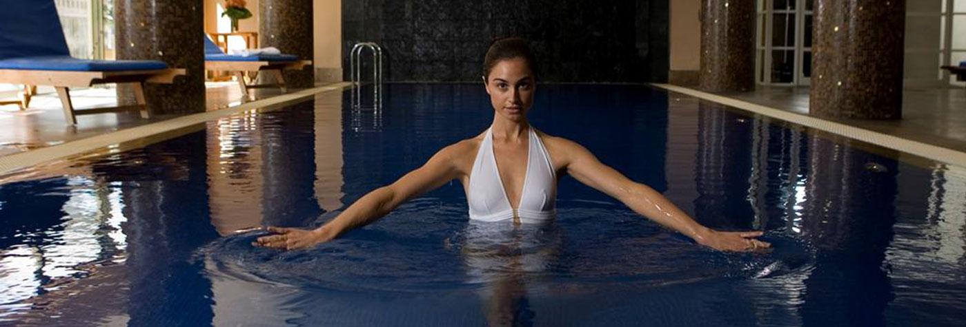 Amora hotel pool