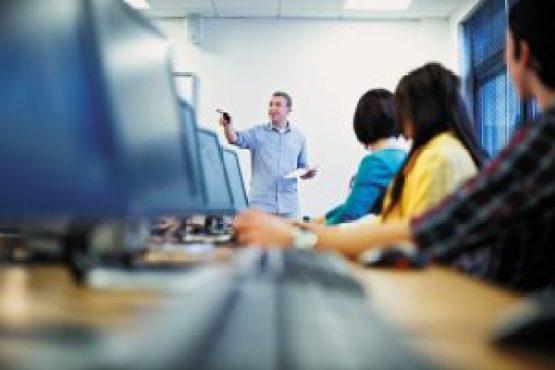tecnologia-na-educacao-beneficios-para-alunos-professores-diretores