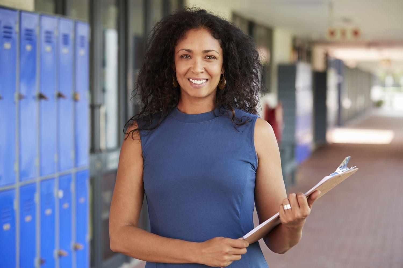 O que é gestão escolar e quais são os seus principais pilares?