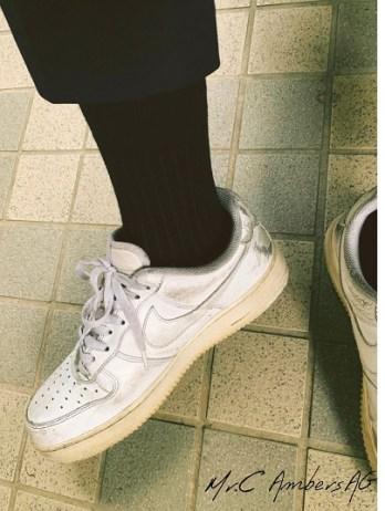 除臭襪配小白鞋