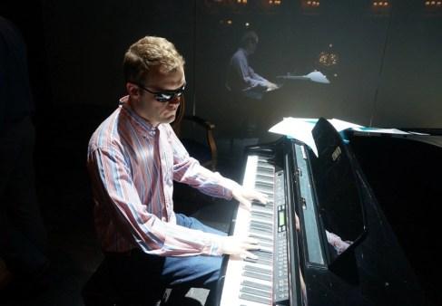 Derek Paravicini on the piano