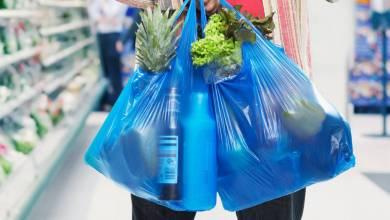 Photo of Chile prohíbe uso de bolsas de plástico en tiendas y supermercados