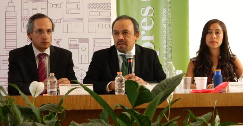 Photo of Promueven ANIQ y alcaldía Cuauhtémoc la disposición adecuada de plásticos