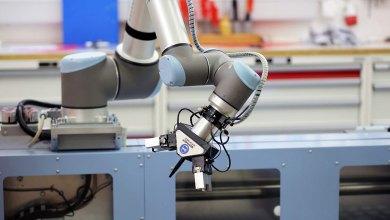 Photo of Cobots: La nueva opción para moldeadoras de inyección y otras industrias