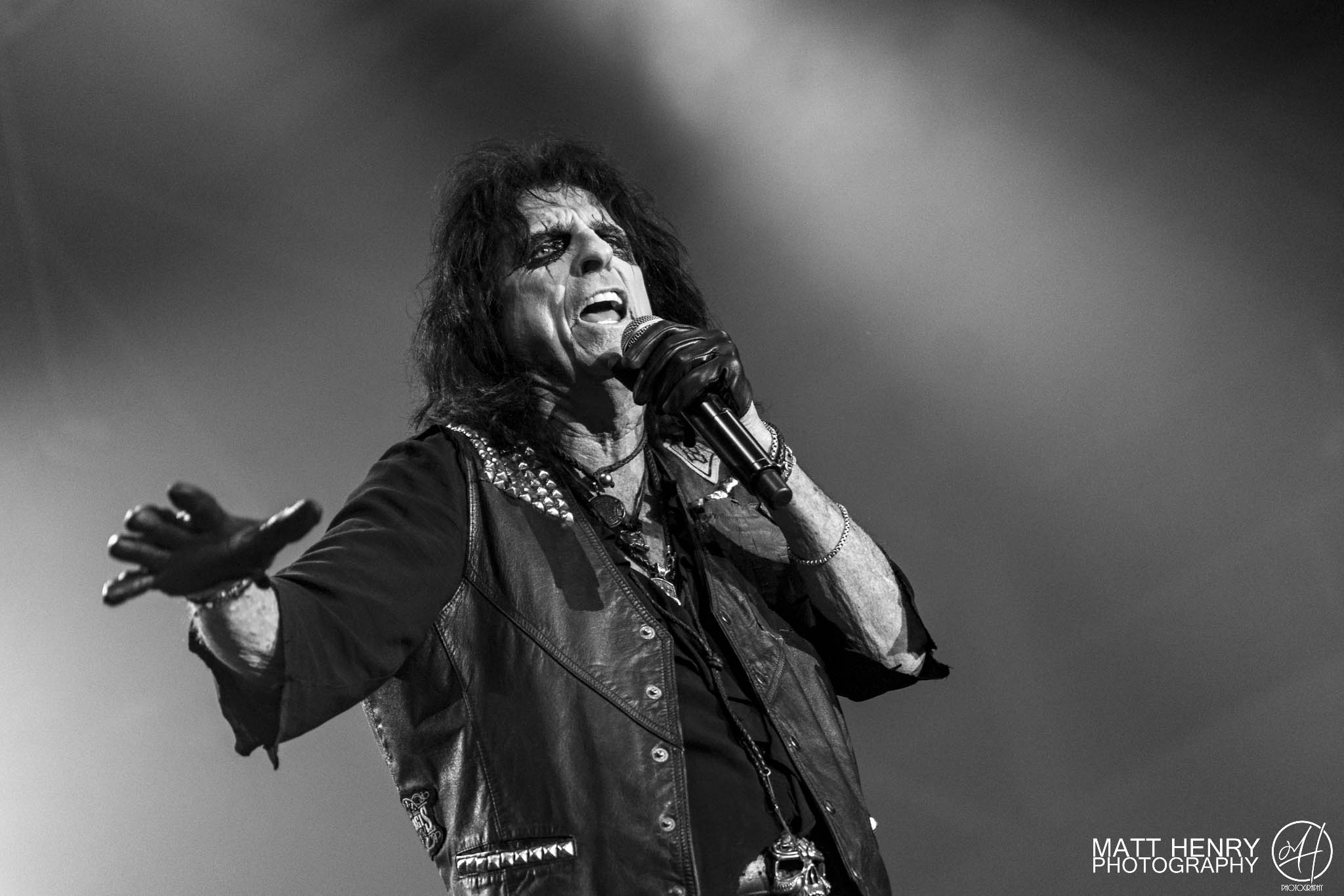 concert review alice cooper ace frehley auckland nz 2017. Black Bedroom Furniture Sets. Home Design Ideas