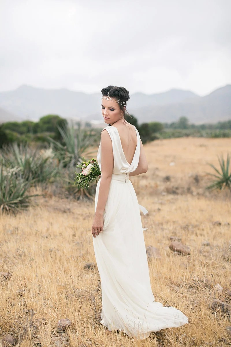 Hochzeit in Andlausien, Brautkleid rückenfrei von Otaduy