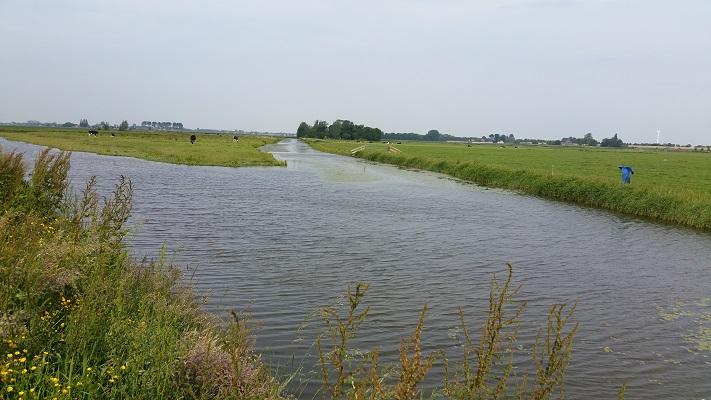 Wandelen over het Groot Frieslandpad langs de Kolk van Dussen