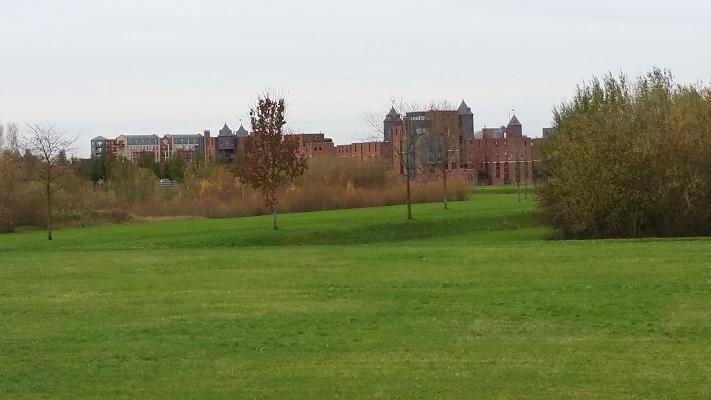 Nieuwbouwwijk Haverley op wandeling over het Maaspad van Den Bosch naar Heusden