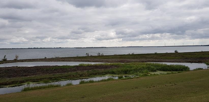 Haringvliet op een wandeling over het Maaspadvan Stad aan 't Haringvliet naar Willemstad