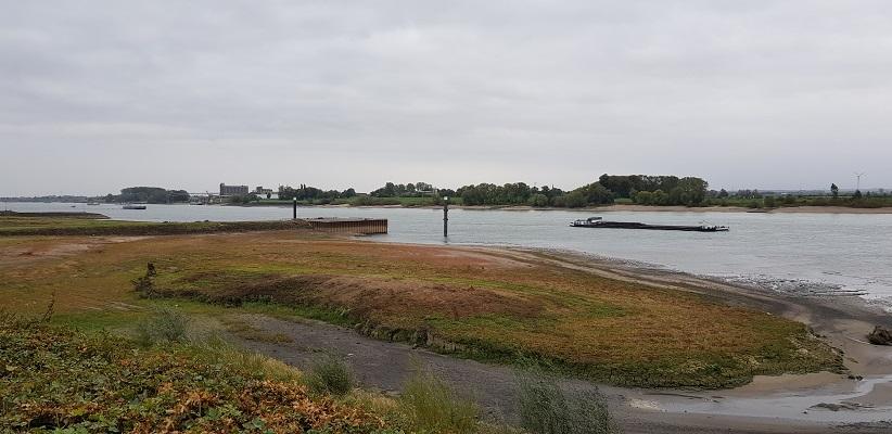 De Waal op een wandeling over het Pieterpad van Millingen aan de Rijn naar Doetinchem