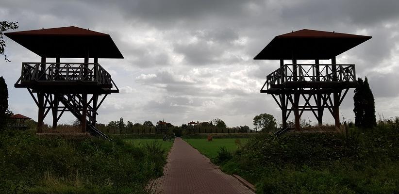 Wandelen over het Romeinse Limespad in park Matilo in Leiden