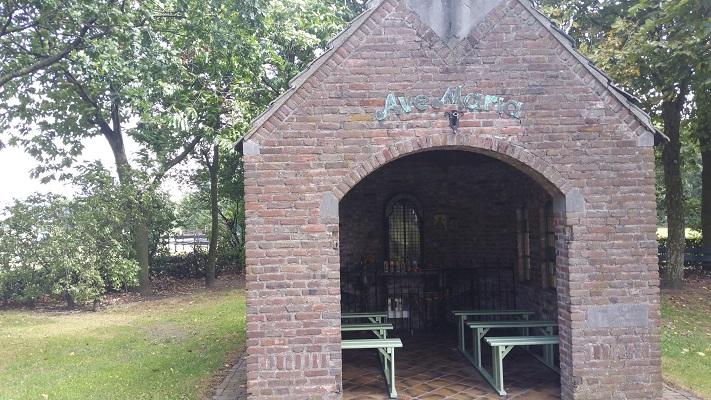 Kapel Liempde tijdens een wandeling van Liempde naar Schijndel over het Roots Natuurpad