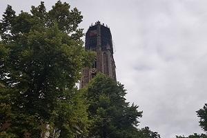 Domtoren Utrecht tijdens wandeling over het Utrechtpad