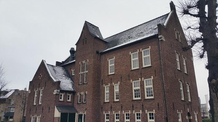 Oude Raadhuis tijdens een wandeling langs monumenten in Uden in Noord-Brabant