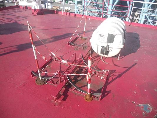 Vissersboot tijdens stadswandeling Portoferaio op wandelreis naar Italiaans eiland Elba