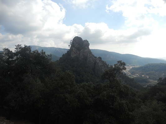 Landschap bij Bunyola op wandelvakantie in Tramuntanagebergte op Spaans eiland Mallorca