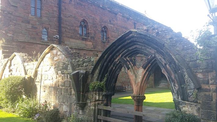 Klooster Lanercost tijdens wandeling van Lanercost naar Carlisle tijdens wandelreis over Muur van Hadrianus in Engeland