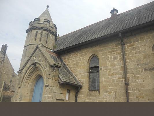 Kerk op een wandeling van Wallsend naar Heddon on Wall op een wandelreis over de Muur van Hadrianus in Engeland