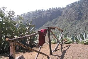 Krater bij San Bartolome op wandelreis naar Canarisch Eiland La Gomera