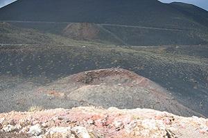 Kraterlandschap tijdens wandelreis naar Canarisch Eiland La Palma