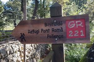 Wegwijzer GR 221 tijdens wandelreis op Mallorca in Tramuntanagebergte