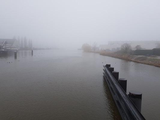 De Dintel tijdens een wandeling over het Zuiderwaterliniepad van Dinteloord naar Willemstad