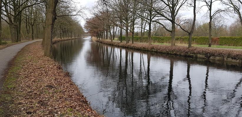 Wandelen over Rielsepad van Eindhoven naar Geldrop langs Eindhovens Kanaal